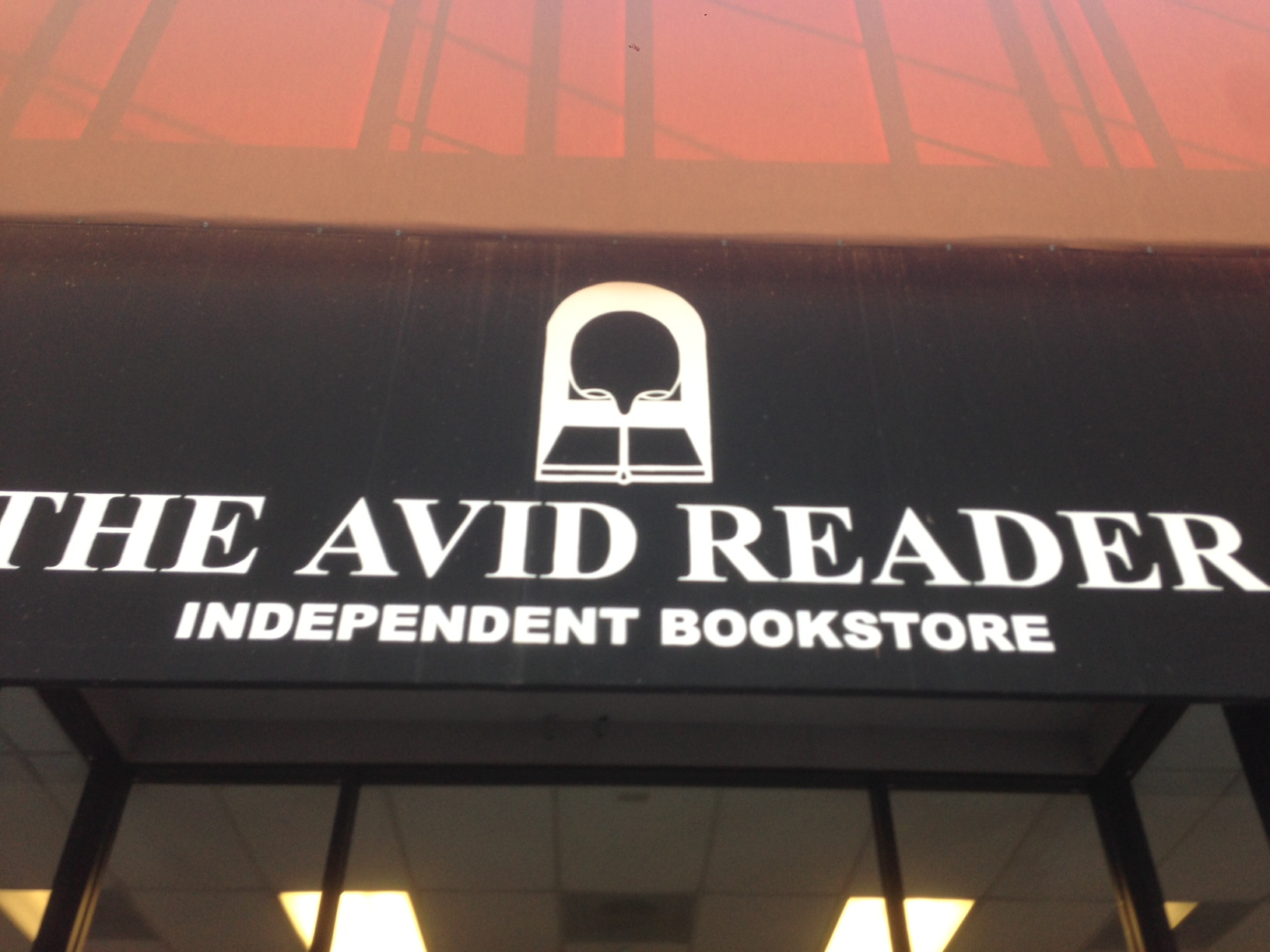 how to become an avid reader