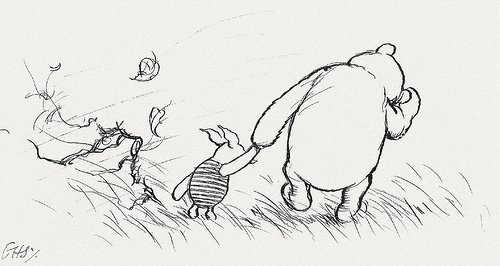 winnie-the-pooh-and-piglet-holding-hands-6